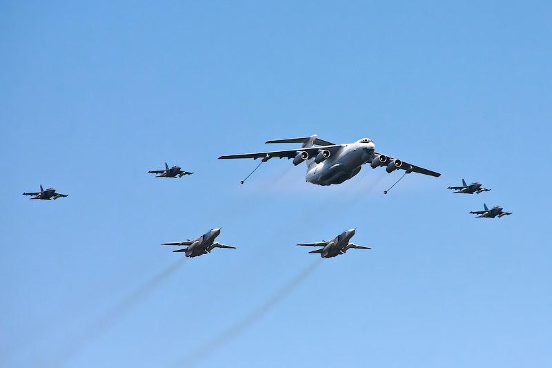 Як-130, Су-24М, Ил-78