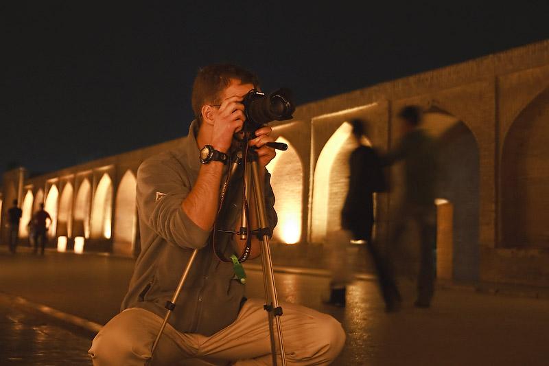 Ночной Исфахан. На мосту